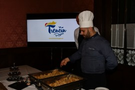 Okrem vystúpenia umelcov z trenčianskeho regiónu bol Trenčiansky samosprávny kraj prezentovaný propagačnými videami a zastúpený regionálnou gastronómiou